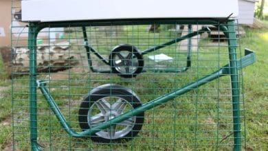 Poulailler mobile sur roues facile à déplacer